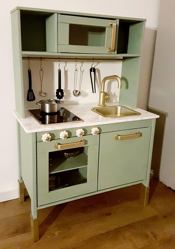Duktig keukentje pimpen