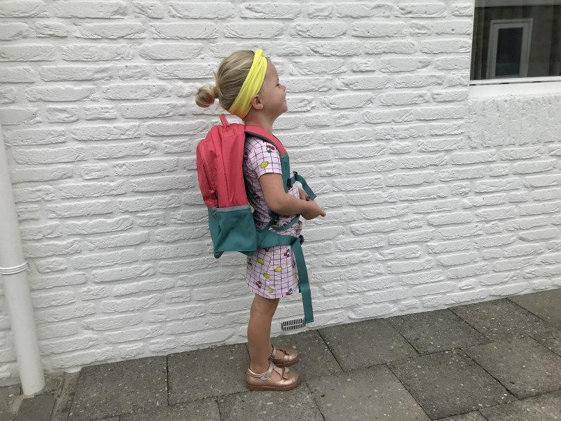 jongste naar school
