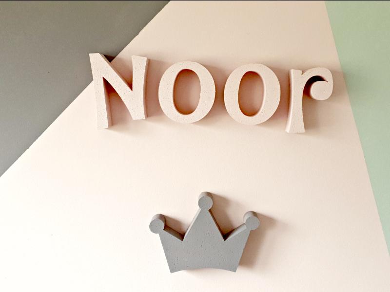 inrichting meisjeskamer diy letters